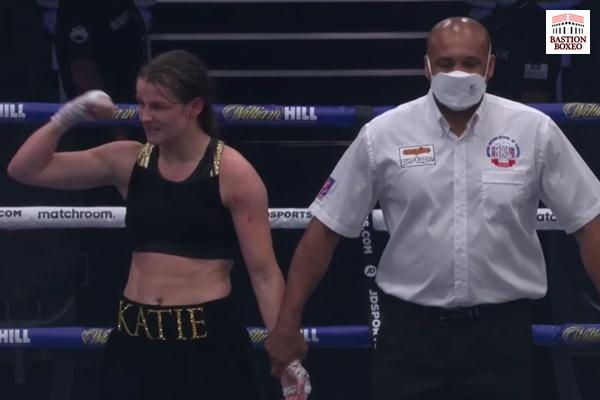 Katie Taylor venció con controvertida decisión unánime a Delfine Persoon