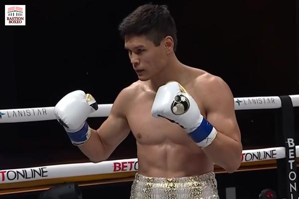 El oro olímpico Yeleussinov acabó en dos rounds con el excampeón Indongo, Ababiy venció a Maddox