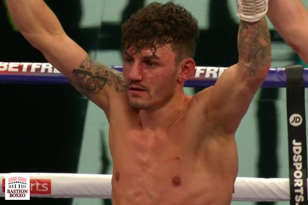 Leigh Wood se proclamó campeón británico del peso pluma con duro knockout sobre Reece Mould