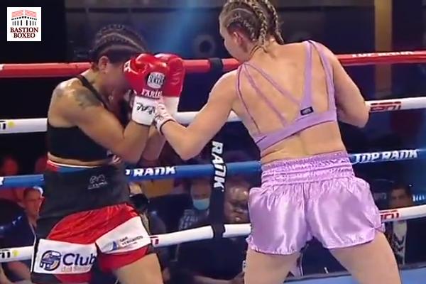 Mikaela Mayer conecta uppercut zurdo contra Érica Farías