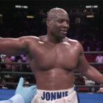 Jonathan Rice tras su victoria ante Michael Polite Coffie