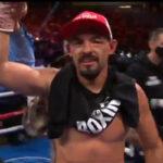 Robert Guerrero es proclamado vencedor después de su combate contra Víctor Ortiz